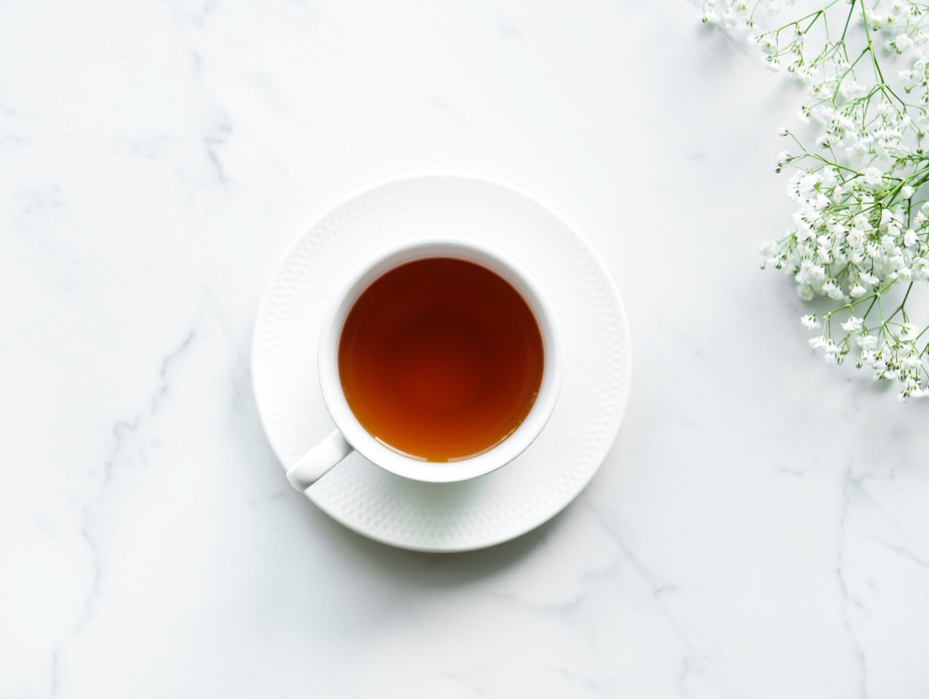 Do you take Tea with Plastic or Coffee with Pesticides?